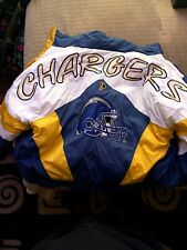Vintage Pro Player by Daniel Young NFL San Diego Chargers Puffer jacket .