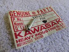 Kawasaki H2 750 H1 500 S2 350 Triple Fuel Cap Latch Hook Pin OEM NOS 9043-072