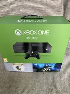 Microsoft Xbox One 500GB Console Bundle with x4 games and 2 controllers