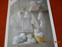 Babies  Jackets.Hat.Mitts and Bootees size 12-22 ins knitting pattern