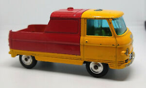 CORGI TOYS 465 COMMER 3/4 TON Pick-Up Truck with Trans-o-Lite headlamps