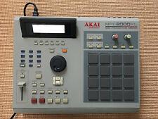 Akai MPC 2000 XL- Sequencer/Sampler/Drums- ZipDrive- 8 Einzelausgänge- 32MB RAM