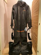 Tobe Novo Insulated Monosuit.Boots and Gloves.Like New!