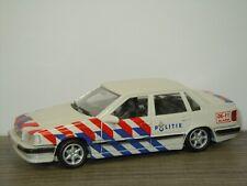 Volvo 850 GLT Saloon 1992 Politie - AHC Models 1:43 *42344