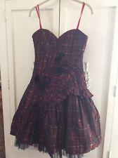 BCBG MAX AZRIA Strapless Plaid Tartan Taffeta Red Black Dress size 4