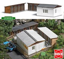 BNIB OO / HO BUSCH 1671 Dog Kennels / Animal Shelter Kit