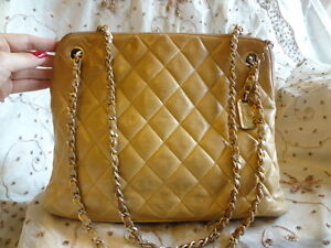 Authentic Chanel Quilt Diamond Leather Alma Shoulder Bag Purse+Charm T62 SALE