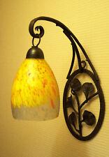 Ancienne applique tulipe pâte de verre marquée L'ELF, fer forgé, Art déco