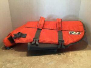 Outward Hound's Granby Splash Dog Life Jacket – Size Medium - Brand New
