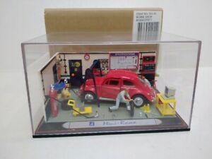 MINI - RAMA VOLKSWAGEN BEETLE WORKSHOP DIORAMA with figures ,car, tools, etc  MB