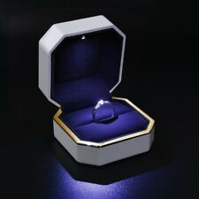 Deluxe LED Lighted Ring Box Velvet Jewelry Gift Wedding Proposal Engagement 3""