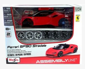 FERRARI SF90 STRADALE - 1:24 Scale Die-Cast Sports Car Model Kit by Maisto - New