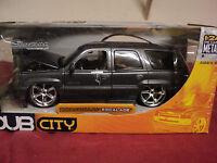 Jada 2002 Cadillac Escalade 1/24 scale NIB 2003 release HTF very detailed Gray