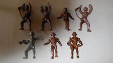 ARCHER lot de 7 spacemans en plastique  année 50.