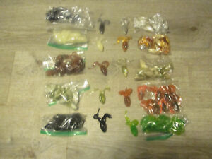 LOT OF 100  BANJO MINNOWS  FROGS ASSORTED COLORS 10 OF EACH