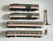 Hornby Intercity 125 Swallow Livery 4 Car Set 43072 & 43051 Locomotive OO Gauge