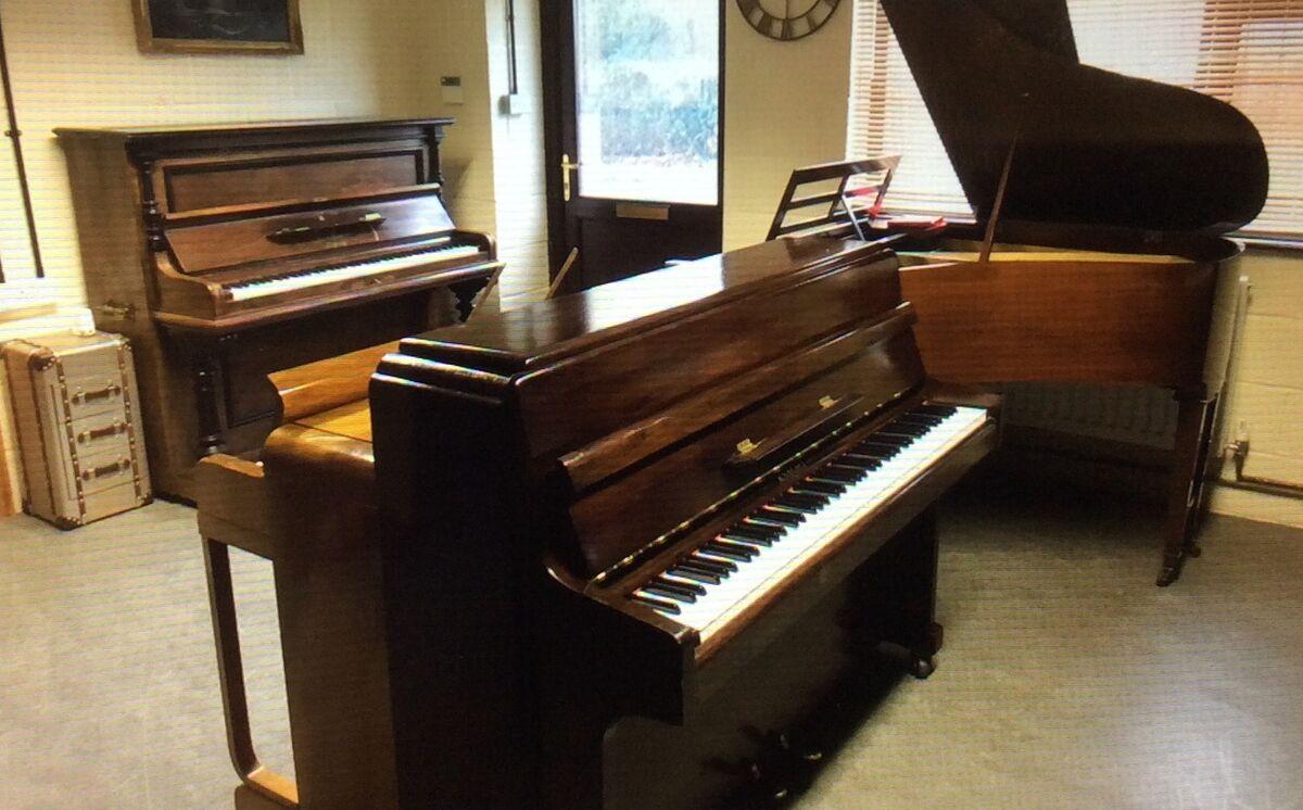 Tickling ivories piano shop