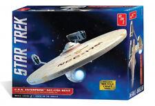 Star Trek USS Enterprise NCC-1701 Refit - AMT 1:537 Scale Plastic Kit