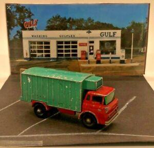 Matchbox Refrigerator Truck 1:86 Scale No. 44-C