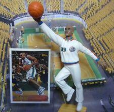 1997 Grant Hill - Starting Lineup - Slu - Loose Figure & Card - Detroit (Cd)