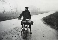 Gianni Berengo Gardin Photo Heliogravure Postbote Postman Il Postino Italy 1975