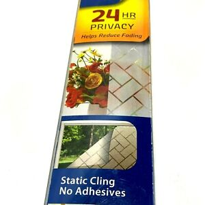 Gila Versailles Decorative Privacy Control Static Cling 3 ft x 6.5 ft