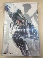 Hot Toys VGM 17 Metal Gear Rising Revengeance Raiden (Normal Version) NEW