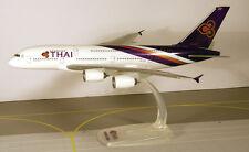 Thai Airways International Airbus A380-800 1:250 Herpa Snap-Fit 608732 A380 NEU