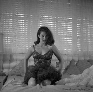 Bunny Yeager 1956 Pin-up Camera Negative Photograph Beautiful Linda Vargas Fab!