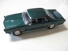 WELLY 1:24 SCALE 1965 PONTIAC GTO DIECAST CAR MODEL W/O BOX