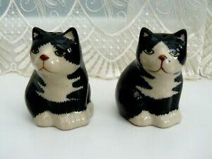 CERAMIC BLACK & WHITE CAT SALT AND PEPPER CONDIMENT SET