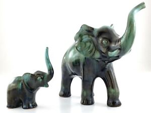 Vintage Blue Mountain Pottery BMP Canada Mother Baby Elephant 2 Figures T381