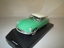 """VITESSE 690.1  Citroen  DS 19  (Salon de Paris)  """"1959""""  (grün/beige) 1:43 OVP !"""