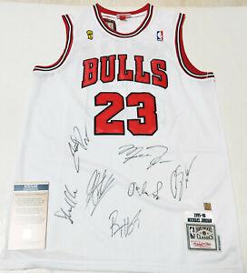 Chicago Bulls 97-98 Champions x7 Autographed No.23 Jersey + COA, Rodman, Pippen