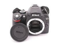 Nikon D40 6.1 MP 3''SCREEN Digital SLR Camera Body W/ BATTERY & CHARGER