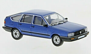 Brekina PCX870079 VW Passat B2 metallic blau, 1985, H0, Neu 2021