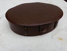 Ancienne trousse couture cuir avec accessoirs