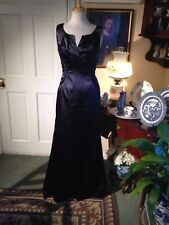 ADRIANNA PAPELL BOUTIQUE BLACK SATIN EVENING DRESS-SIZE12-PERFECTLY FITTED STYLE