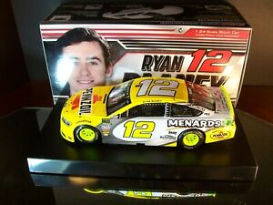 Ryan Blaney #12 Pennzoil Menards Autographed 2018 Ford Fusion 1:24 Lionel 829