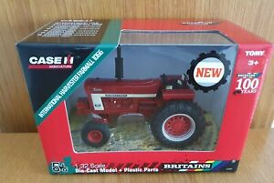 INTERNATIONAL FARMALL 1066 TRACTOR 1/32 SCALE