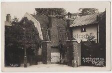 King Henry VIII Hunting Lodge Chelsea, London, Johns 10834 RP Postcard B771