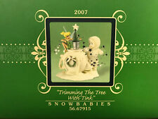 Disney Dept 56 Snowbabies 2007 Tinker Bell Trimming the Tree with Tink Figurine