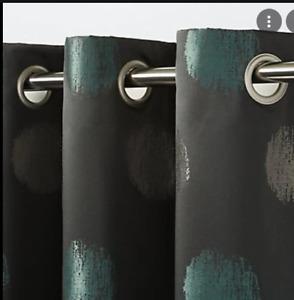 B&Q Kolla Dark Green Spotted Eyelet Curtain Single Panel X1