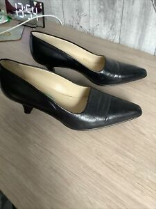 Bertie Made In Italy Black Court Shoes Size 4 (37)