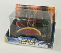 Star Wars Attack of the Clones Geonosian War Chamber Gunray Argen Playset 2 of 2