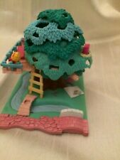 Vintage,Bluebird 1994,Polly pocket tree house,with 1 Polly doll,open the top up