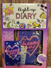 Light-Up Diary with Lock and Key - Just My Style - Girls Diary Kit Heart