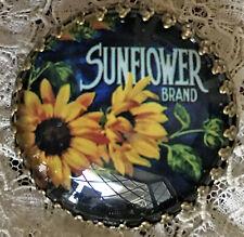 "SUNFLOWER Glass Dome BUTTON 11/4"" Vintage Flower Floral Crate Label Art"