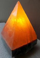 Lampe de Sel Pyramide cm20 kg 2/3, Sel de L'Himalaya les Grottes Tibet Sel Rose