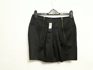 size 6 black pleated skirt from E-vie BNWT